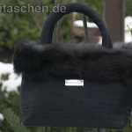 Handtasche aus schwarzer Dupionseide
